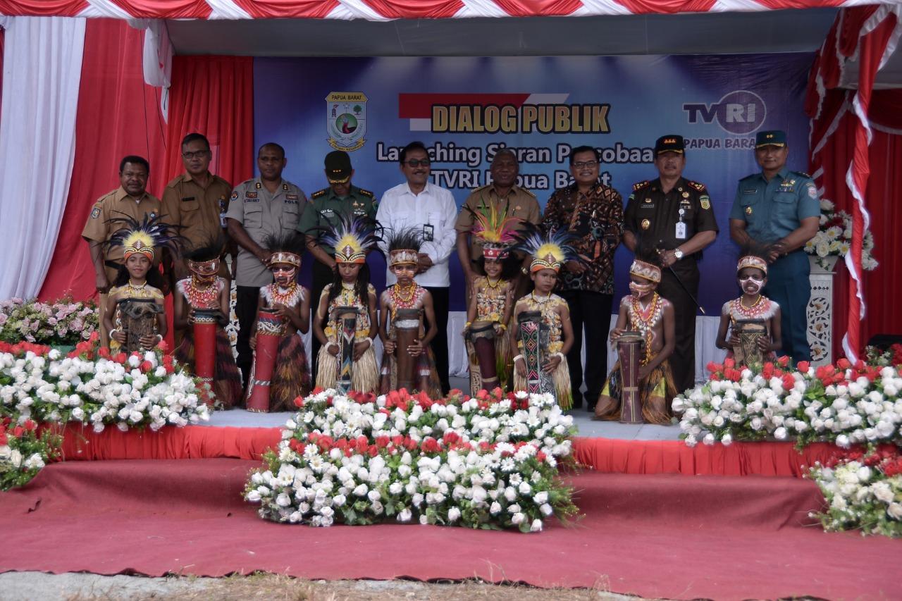 Launching Siaran Percobaan TVRI Papua Barat Berlangsung Meriah