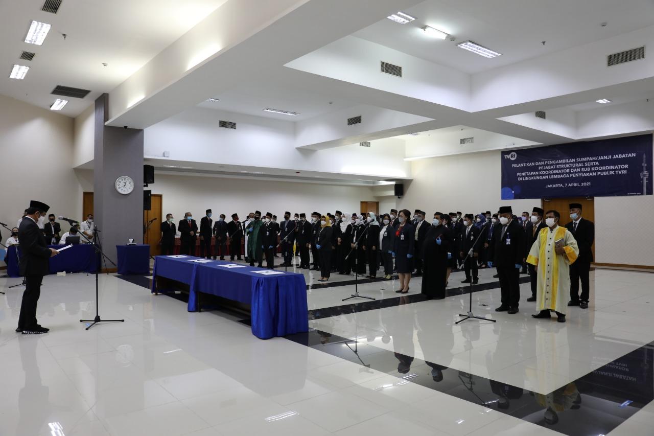 Direktur Utama LPP TVRI Iman Brotoseno Lantik 52 Pejabat Struktural di Lingkungan LPP TVRI