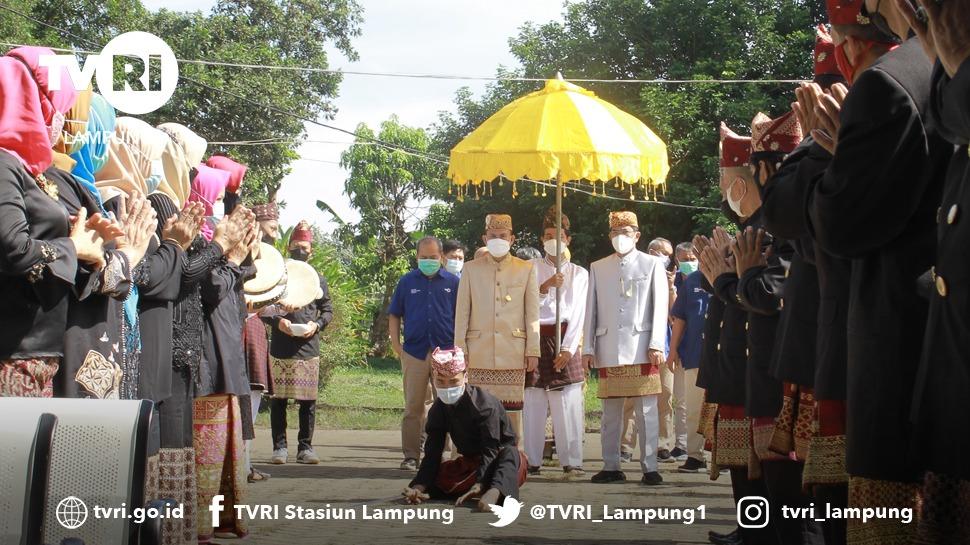 Kunjungan Dirut TVRI Disambut Tari Rudat